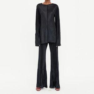 Zara Flared Pleated Pants (Loose Thread)
